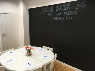 Barcelona training rooms Meeting room Creative, bright space for meetings and workshops image 6