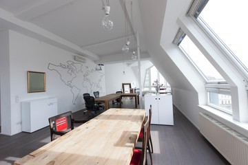 Berlin workshop spaces Private residence Penthouse loft in Berlin Mitte with amazing skyline view image 4
