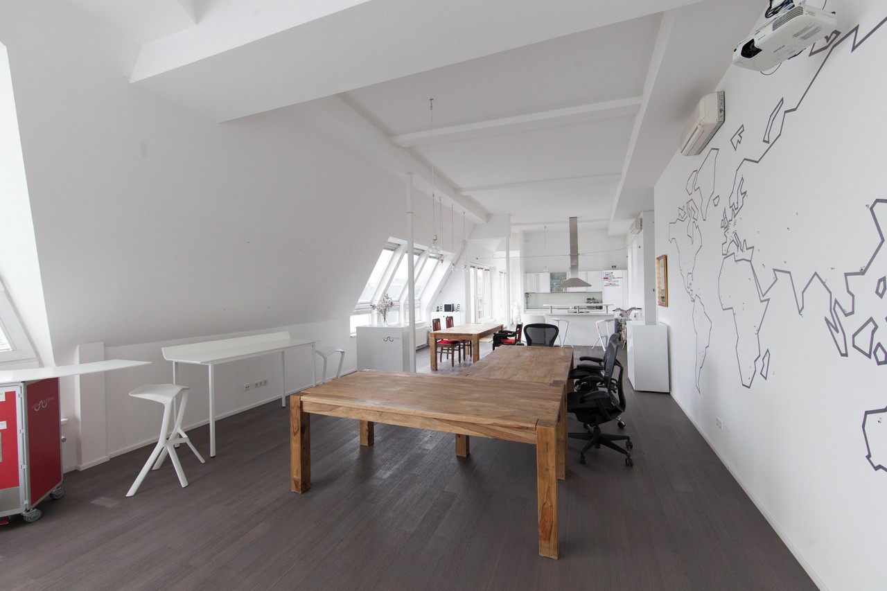 Berlin workshop spaces Private residence Penthouse loft in Berlin Mitte with amazing skyline view image 6