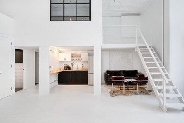 NYC  Studio Photo Classic SoHo Loft image 3