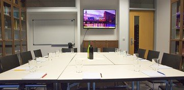 Berlin conference rooms Meetingraum Bibliothek image 0