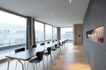 Zürich seminar rooms Meetingraum Tagen mit Aussicht in der Attika image 0