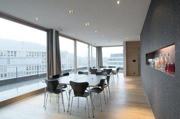 Zürich seminar rooms Meetingraum Tagen mit Aussicht in der Attika image 3