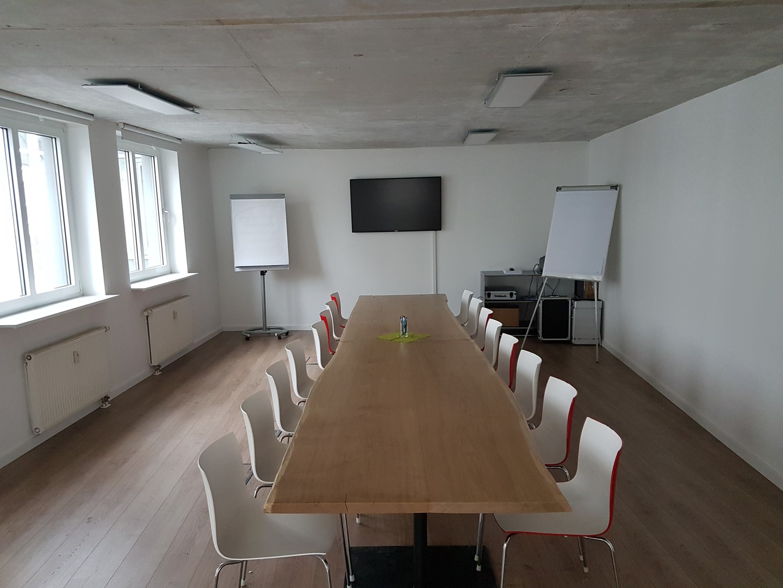 Leipzig seminar rooms Meetingraum heimann & friends conference R1 image 0