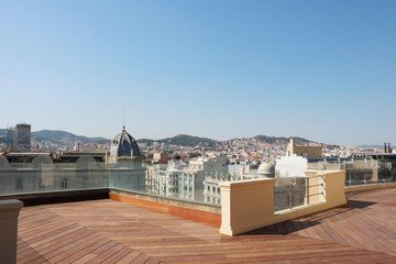 Barcelone conference rooms Rooftop Cloud Coworking Barcelona - La Portería image 1
