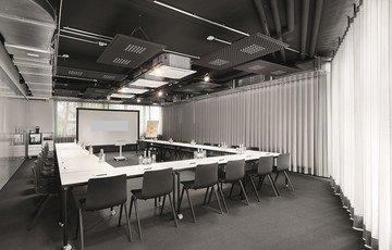 Stuttgart workshop spaces Meetingraum designofficestower-training image 0