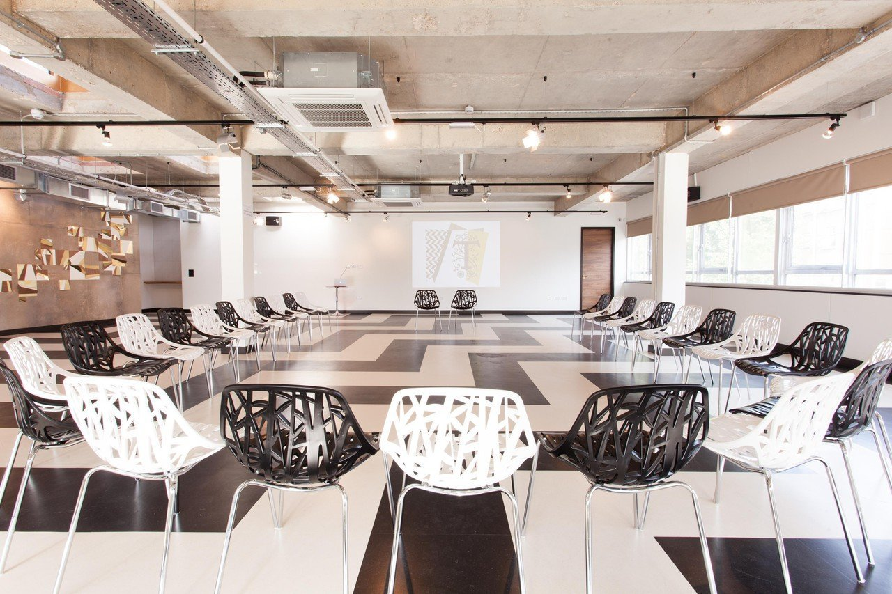 Londres corporate event venues Espace de Coworking The Trampery Old Street - The Ballroom image 2