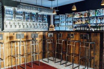 Paris workshop spaces Bar Outland Bar image 2