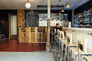 Paris workshop spaces Bar Outland Bar image 3