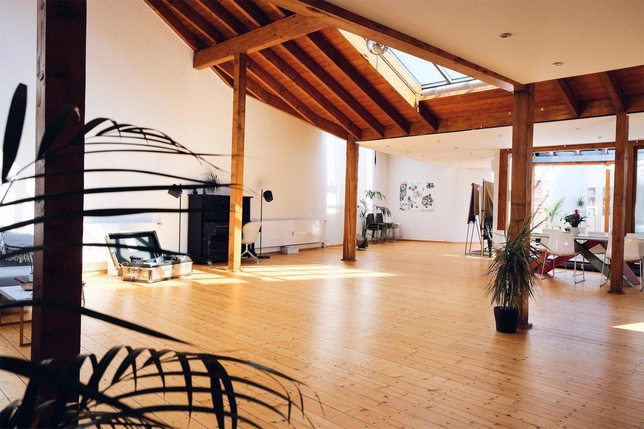 Cologne Konferenzräume Meeting room Frei RAUM Köln // Inspirational workshop room in Belgian  Quarter image 0
