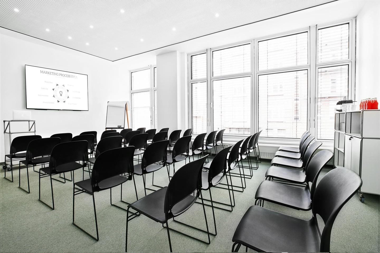 Hamburg seminar rooms Meeting room BAZE Business Center - Room Winterhude image 2