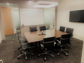 NYC training rooms Meetingraum 8 Person Meeting Room at 37th and Sixth Avenue image 1