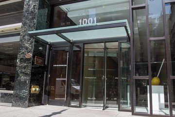 NYC  Meeting room 10 Person Video Conference Room at 37th and Sixth Avenue image 3