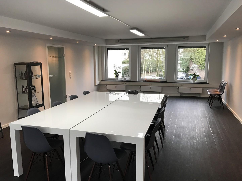 Düsseldorf seminar rooms Meetingraum Meetingraum mit Küchenlounge image 0