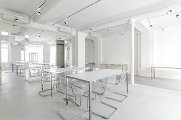 Paris corporate event venues Lieu Atypique LEON COEUR MARAIS image 4