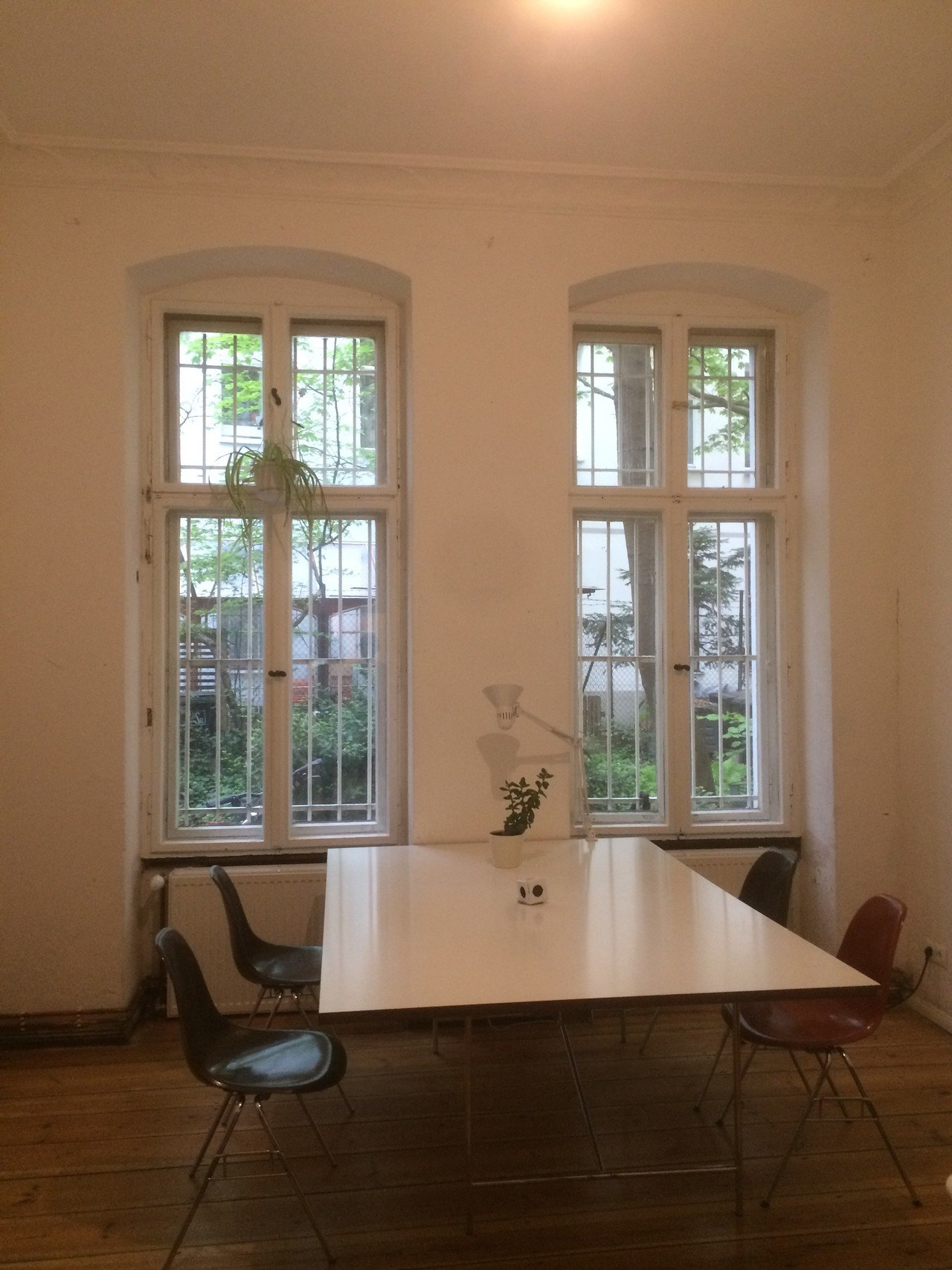 Berlin  Meeting room Buero image 0