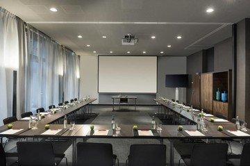 Frankfurt am Main seminar rooms Meetingraum Adina Hotel Frankfurt - Sydney+Melbourne image 6