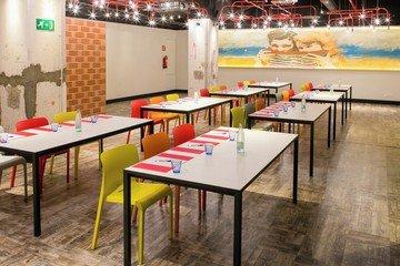 Barcelona  Meetingraum La Plaça - Generator Barcelona image 4
