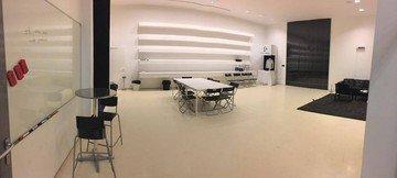 Paris  Coworking space Lounge image 1