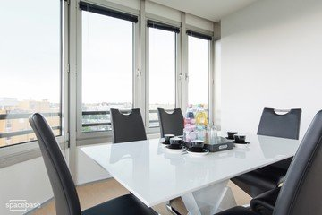Berlin seminar rooms Meetingraum Penthouse meeting room close to Kudamm image 3
