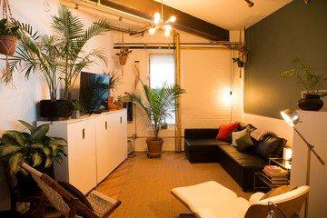 NYC  Studio Photo Vanessa Rees image 1