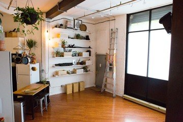NYC  Studio Photo Vanessa Rees image 3