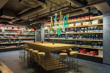 Berlin  Bar Château 9 image 2