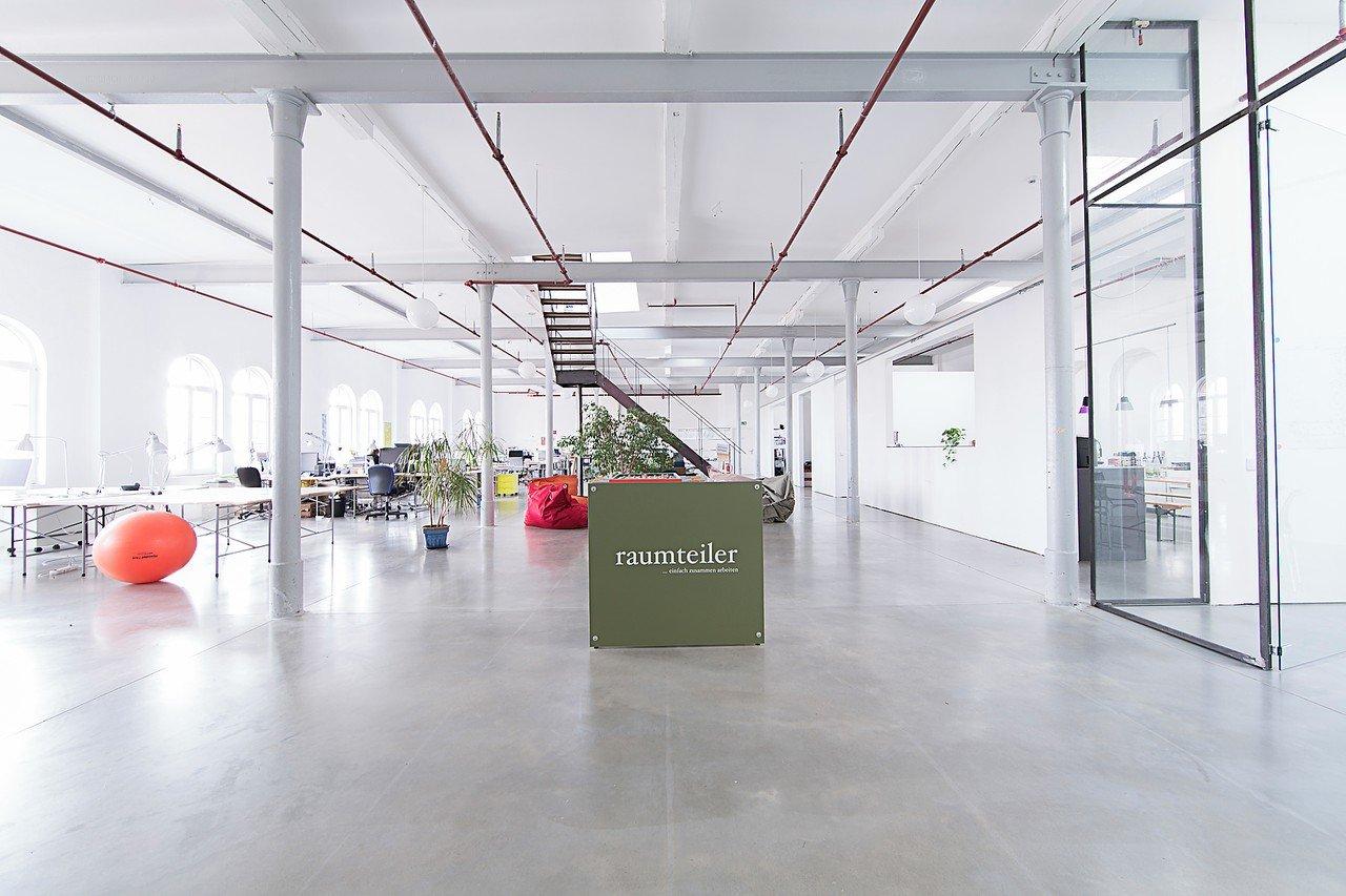 Mannheim Workshopräume Espace de Coworking Raumteiler Co-working image 3