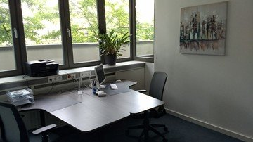 Berlin  Meeting room Coachingraum 01 image 1