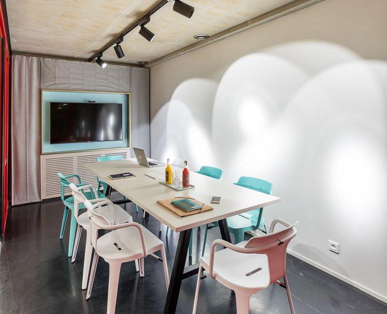 Paris Espaces de travail Espace de Coworking L'Inspirante - Deskopolitan image 5