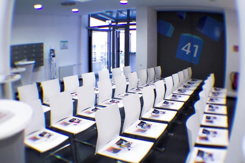 Mannheim seminar rooms Auditorium Cubex41 Foyer image 8