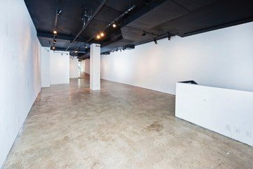 NYC  Galerie Bowery Gallery Space image 6