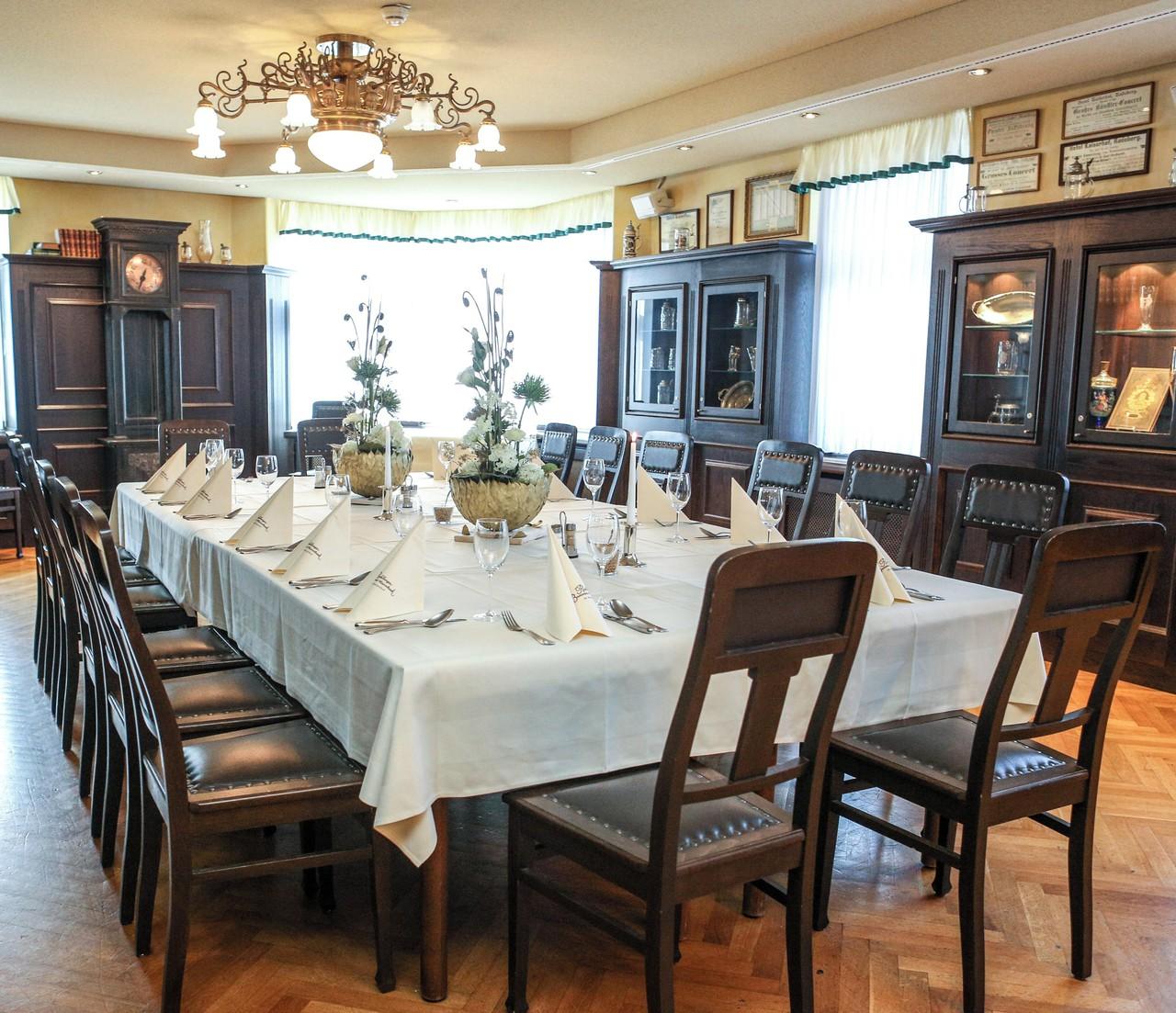Rest der Welt seminar rooms Historisches Gebäude Salon Raum image 0