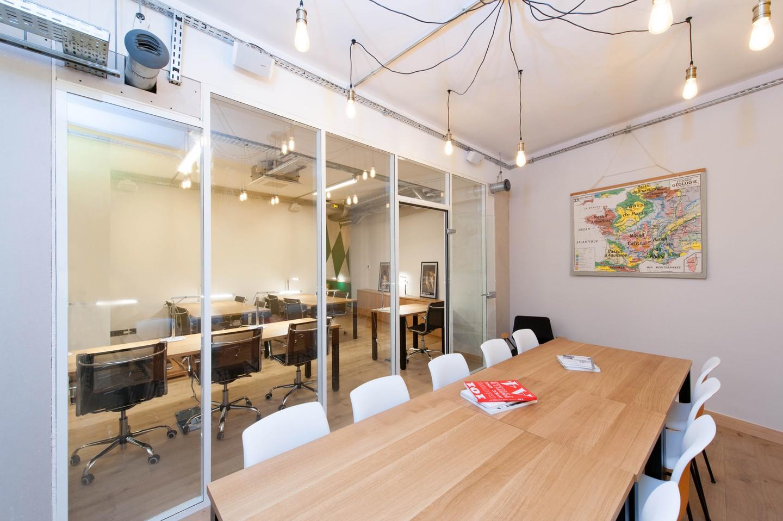 Paris Espaces de travail Coworking space Eat Two Work - meeting room 14pax image 10