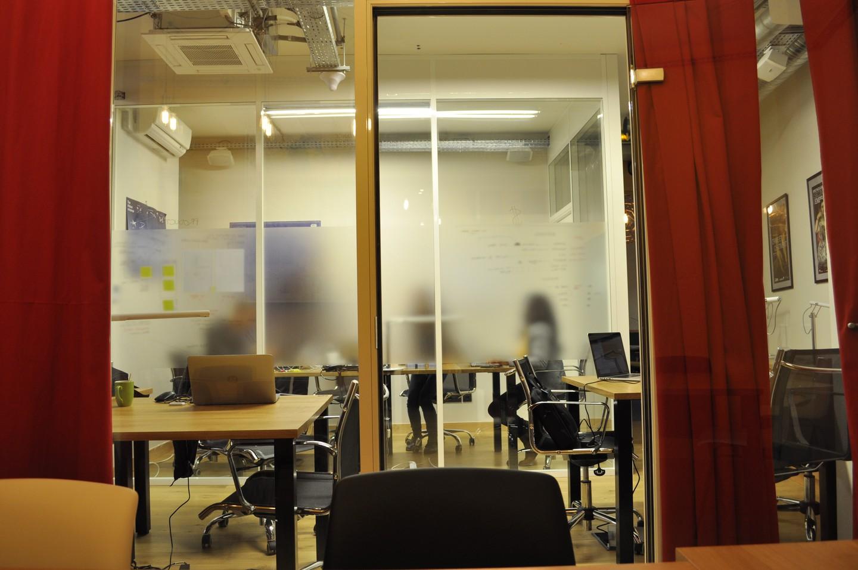 Paris Espaces de travail Espace de Coworking Eat Two Work - meeting room 10pax image 1
