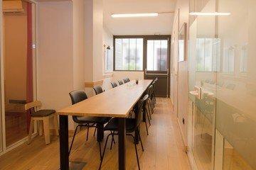 Paris Espaces de travail Coworking space The two Paris - 12 pax image 1