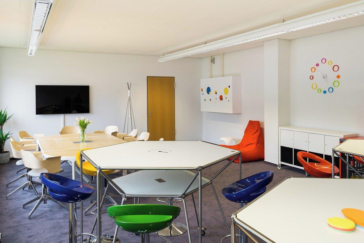 Hamburg  Meeting room Design Thinking Space image 7