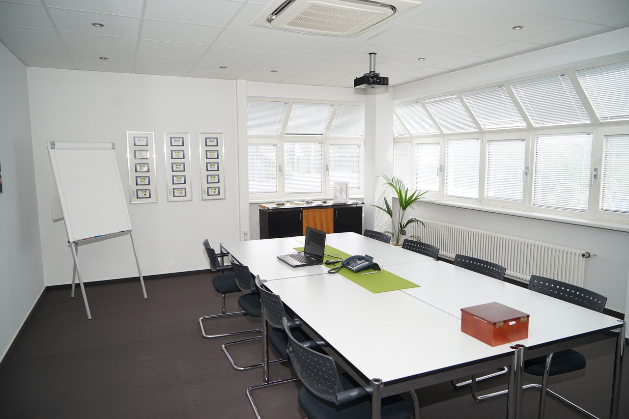 Frankfurt  Meeting room technisch ausgestatteter Meetingraum in Bensheim - zentrale Lage image 0