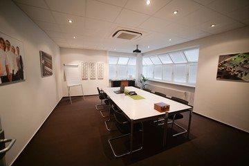 Frankfurt  Meeting room technisch ausgestatteter Meetingraum in Bensheim - zentrale Lage image 1