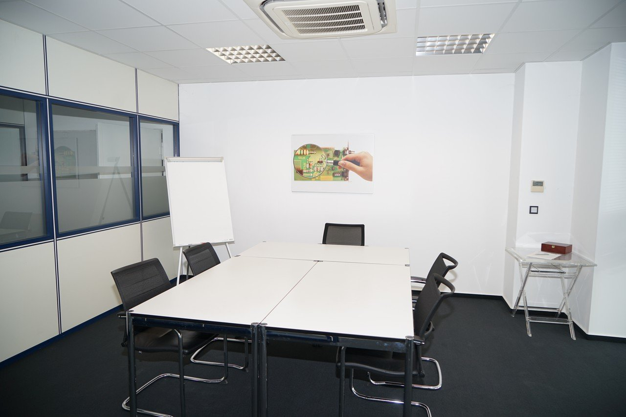 Frankfurt am Main   Conference room with techical equipment in Bensheim image 0