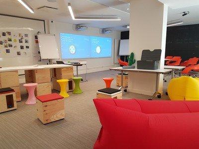 Paris  Espace de Coworking Salle de créativité Bureaulib Dupleix image 0