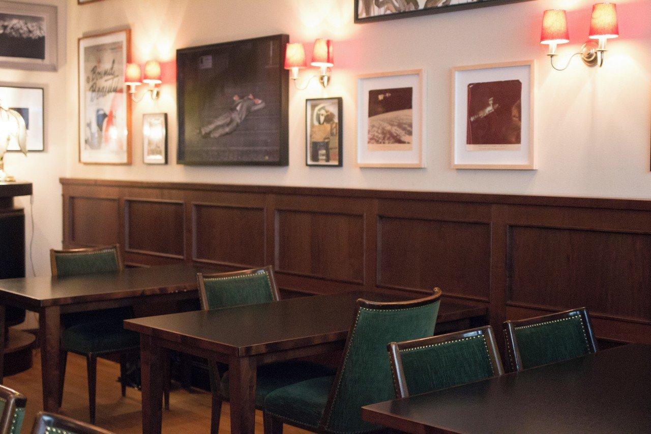 Berlin  Restaurant FNC image 2