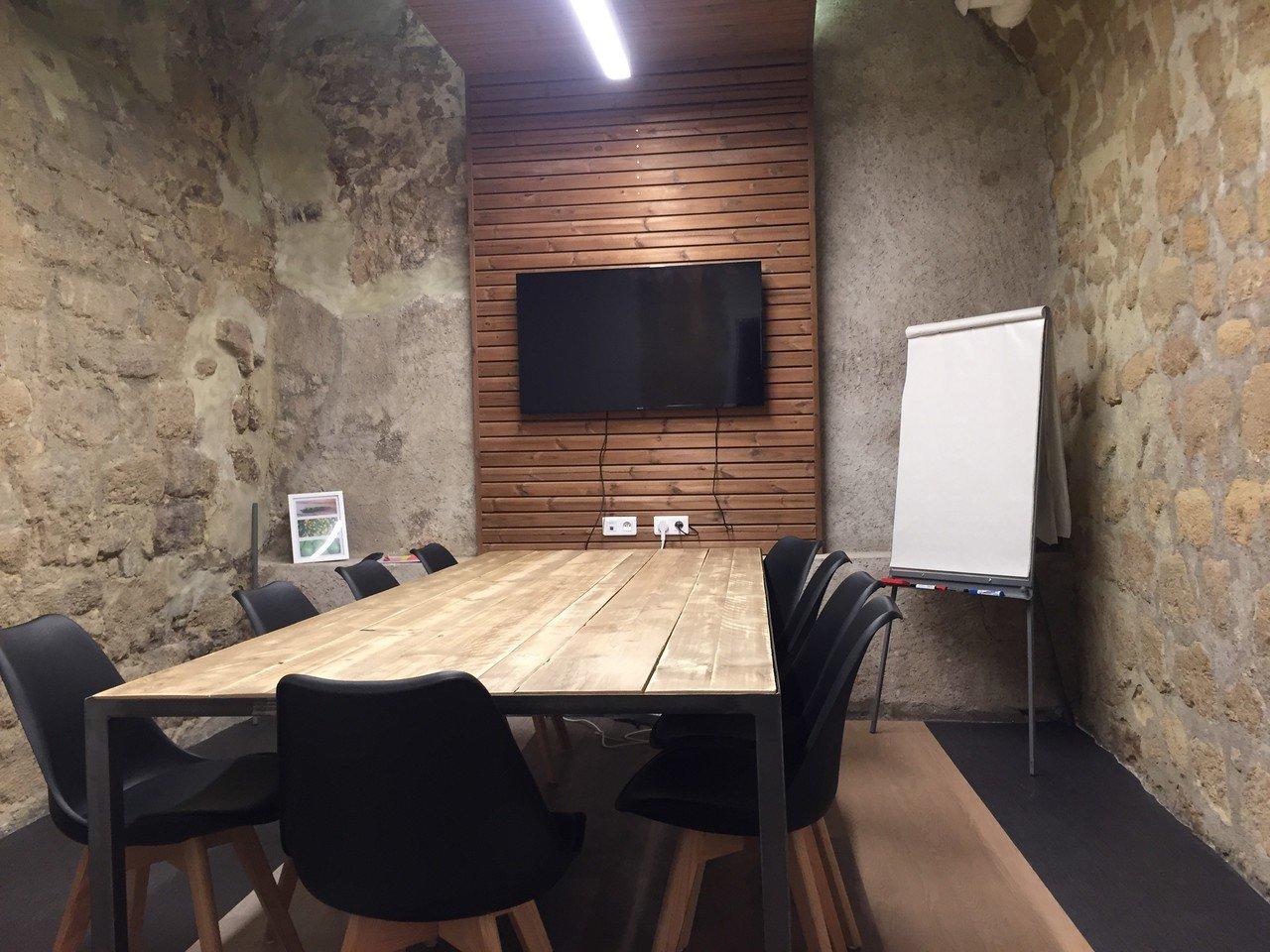 Paris seminar rooms Industrial space Salle DALI image 0
