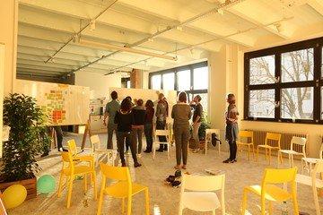 Berlin  Salle de réunion Base1 - Raum für Neues Arbeiten image 8
