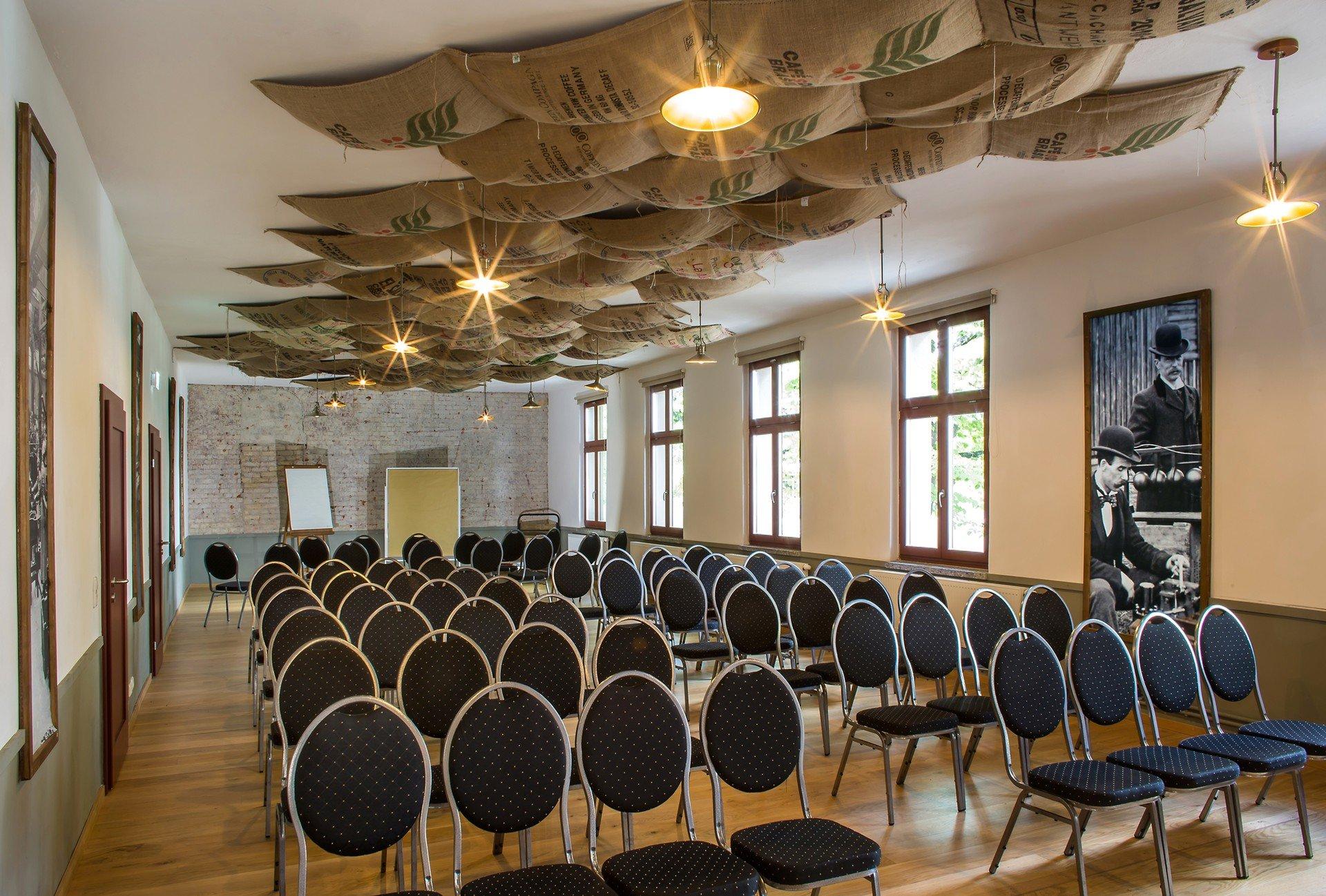 Berlin seminar rooms Meetingraum Alte Börse Marzahn - Malzlager image 2