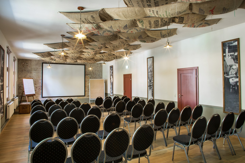 Berlin seminar rooms Meetingraum Alte Börse Marzahn - Malzlager image 3