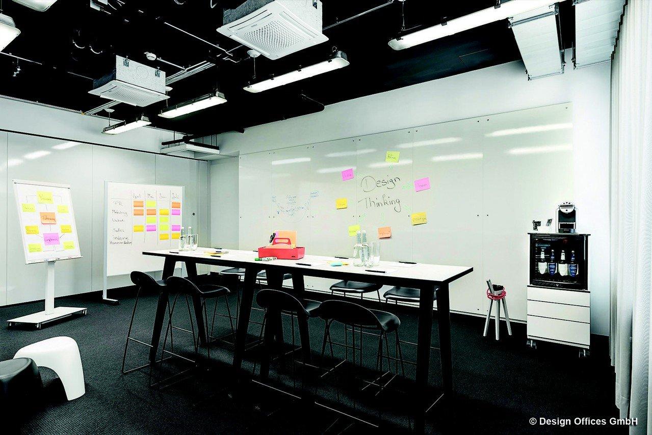 Stuttgart Schulungsräume Salle de réunion Design Offices Stuttgart Tower - Meet and Move Room V image 0