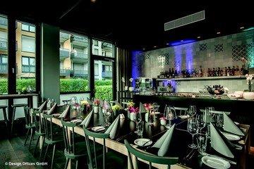 Stuttgart corporate event venues Meeting room designofficestower-DO Eatery image 0