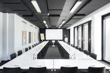 Hamburg training rooms Salle de réunion Design Offices Hamburg Domplatz - Training Room I image 1