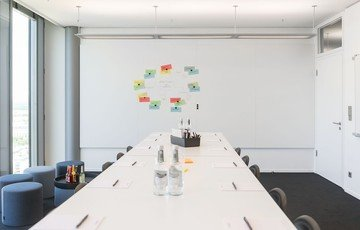 Munich Seminarräume Meeting room Design Offices Highlight Towers - Meet&Move 19 image 1